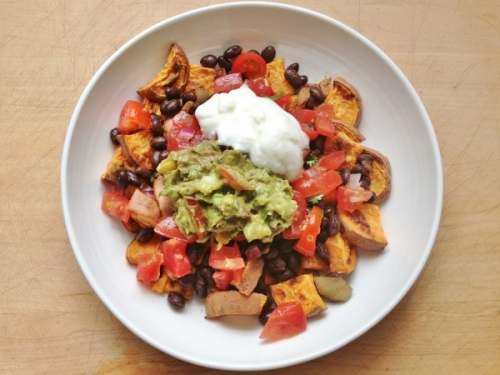 Sweet potato nachos with black beans